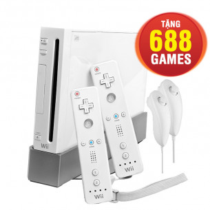 Nintendo Wii White + 2 Controllers USED